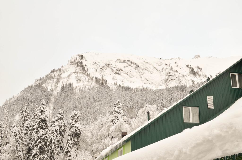 Отдых в Домбае зимой