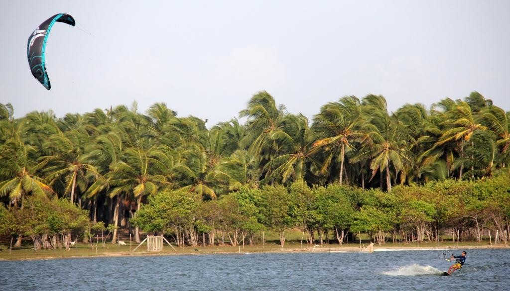 Кайтсерфинг Шри-Ланка