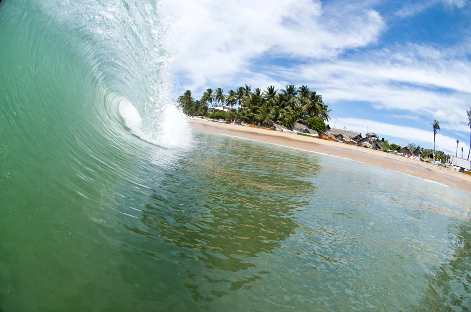 серфинг велигама Шри Ланка