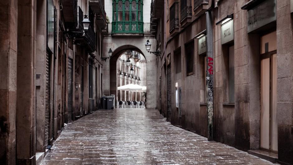 Улица старого города Барселоны