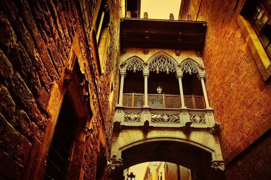 виды старого горда Барселоны